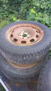 Snow tires Peterborough Peterborough Area image 2