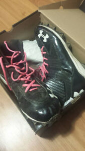 Under armour cleates SIZE 12