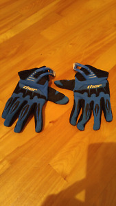 Thor dirt bike gloves