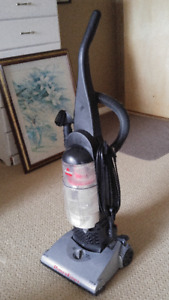 Bissell Upright vacuum (no pets)