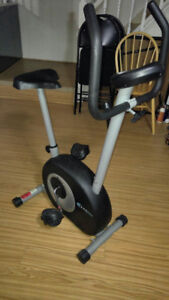 PT FITNESS EXERCISE BICYCLE