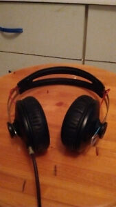Sennheiser Momentum Over Ear 1st Gen Wired Headphones