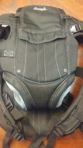 The Evenflo Snugli Front and Back Soft Carrier