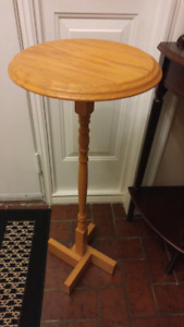 Solid Oak Plant or Lamp Stand for Sale