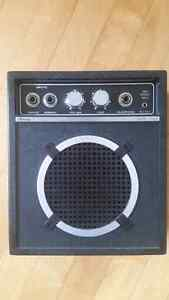 Retro battery operated guitar amp