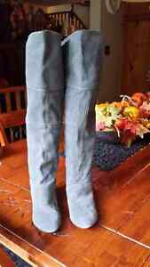 Grey real suede leather booths size 7
