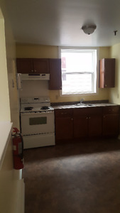 3 Bdrm Apartments - Central/North End HFX - Location Location !