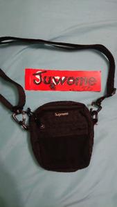 Supreme FW/17 whoulder bag black 9.5/10