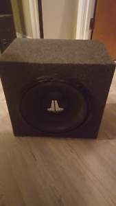 JL Audio 12w2 in box