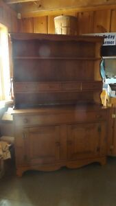 VALIS Solid Maple Hutch/Buffet