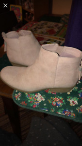 Justice Light Pink Booties
