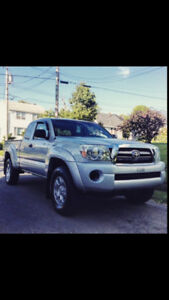 2009 Toyota Tacoma 5 Speed Low Km