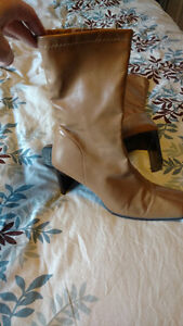 Italian Leather beige boots size 40