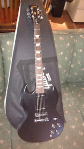 Gibson Sg, 50's tribute p90's , black perfect condition w case