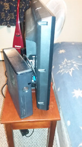 250 gig slim xbox360 with games And Controller
