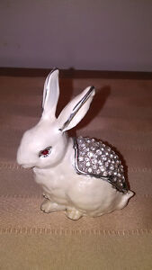 Metal Albino Rabbit Trinket Box Heavy/White/Enamel/Rhinestones