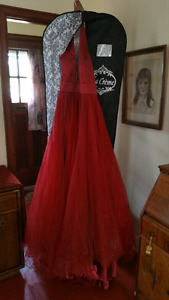 Stunning Sherry Hill grad or prom gown