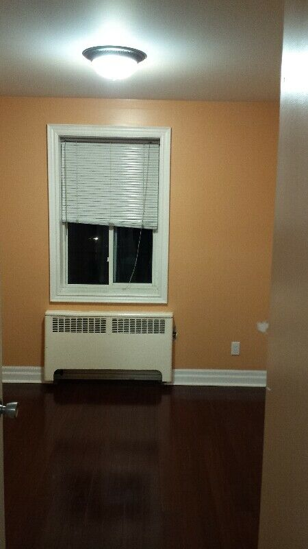 Luxury clean bachelor apartment available immediately ...