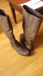 Womens boots brand new