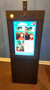 "BLACK FRIDAY SALE - 32"" Touchscreen Photo Booth - Save $1500!"