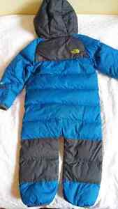 North Face Toddler Winter Goose Down Bunting - 18-24 months Gatineau Ottawa / Gatineau Area image 6