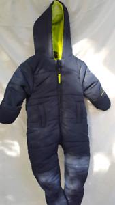 Snow suit/ brand new