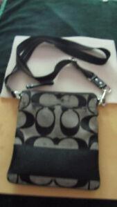 "Coach purse, cross body, gray & black signature 'C's"" West Island Greater Montréal image 1"
