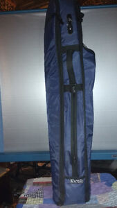 MACRAE QUALITY PADDED GOLF BAG CARRIER WITH LOTS OF STORAGE
