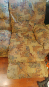 Sofa sectionnel inclinable