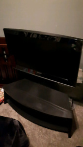 "Samsung 32"" TV with TV Stand"