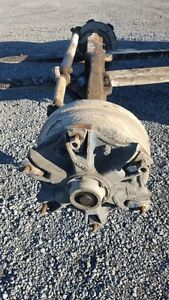 Rockwell Dual Steering front axle from 1990 Freightliner FLC112