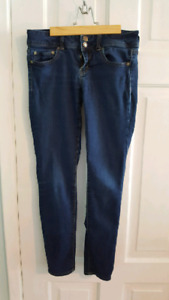 Women's size Small pants and jeans Lot