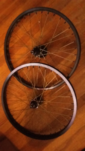 Profile elite racing wheels with ti spokes