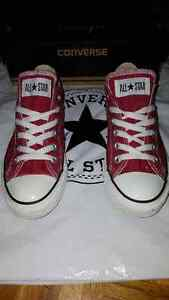 Converse rouge 8.5