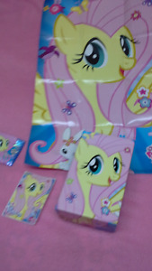 My Little Pony Fluttershy box, poster, card(F39) & sticker