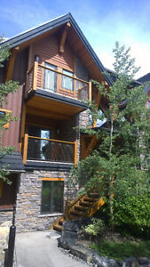 Canmore Townhome Sleeps 8