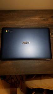 Like New Asus Chromebook!