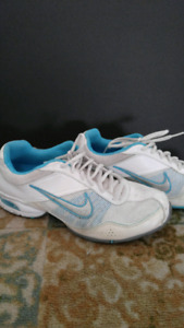 Nike white and blue trainers