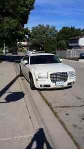 2005 Chrysler 300-Series Sedan No rust great condition $3700