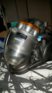 Dyson D21 vacum and hose 150 obo