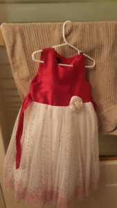 Beautiful girls party dress - perfect for Christmas!