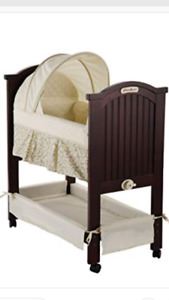 Wood cradle with mattress