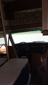 1978 FORD MOTORHOME RV 6cyl West Island Greater Montréal image 4