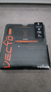 Veho Vecto 360 water resistant bluetooth speakers phone charger