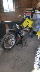Selling my 2006 rm 125