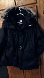 Manteau d'hiver pour femme noir avec capuchon ECKO RED