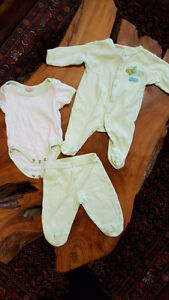 baby girl 0-3 and 3 great condition (each pic is $5) - new born Kitchener / Waterloo Kitchener Area image 1
