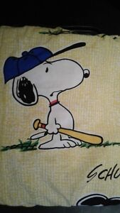 1970's Like New Vintage Peanuts Children's Curtains For Sale