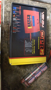 Venom opr2 battery charger like new in box