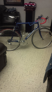 cannondale size 58 . no scratches or damage $400 this bike made
